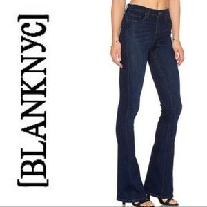 BlankNYC Flare Dark Wash Blue jeans 25